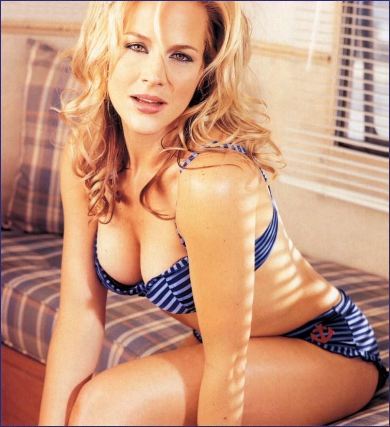 julie benz bikini